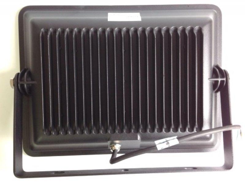 LED Strahler 100 Watt 8500l 6000k Flache Bauform (nml) Von